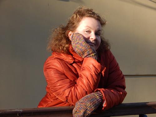 как связать варежки спицами - подробное описание с пошаговыми фотографиями на примере варежек Перекрёсток | horoshogromko.ru