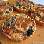 Pumpkin tarts with spinach and Gorgonzola