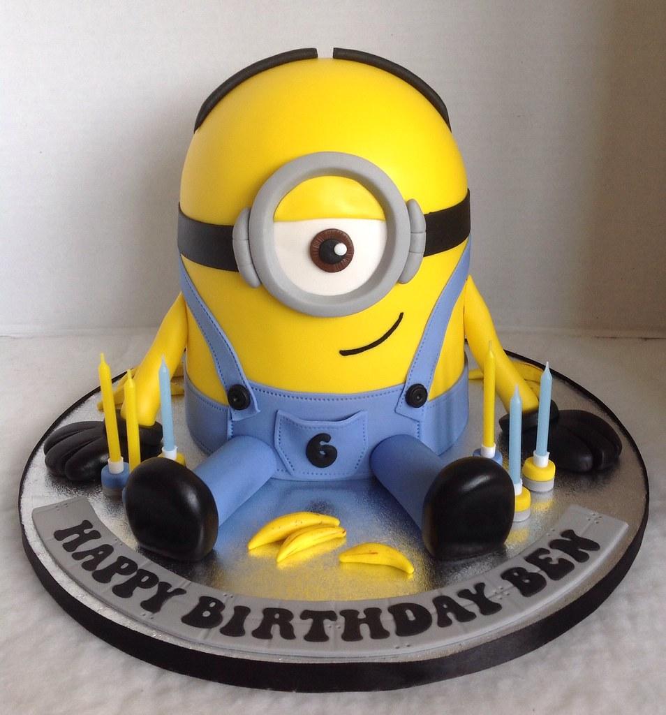 D Minion Cake Pan