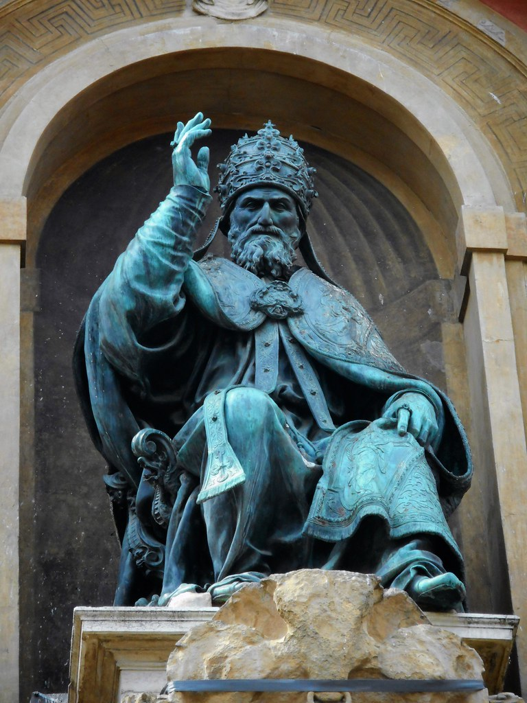 "06 >> ""The pope Gregory XIII"" - Bronze statue (1576-1580) by Ale… 