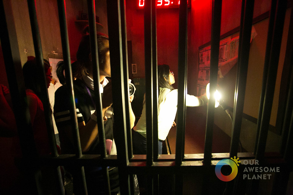 Breakout Room Escape Rochester Does It Use Handcuffs