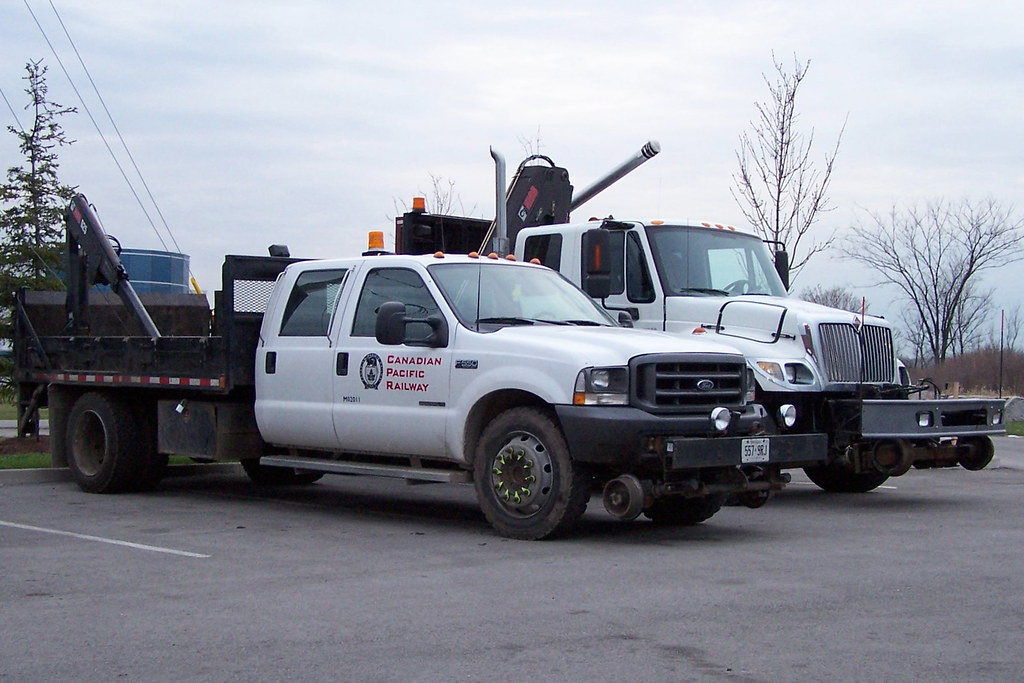 CP M02011 Ford F550 4 door crew cab hi-rail MOW dump truck… | Flickr