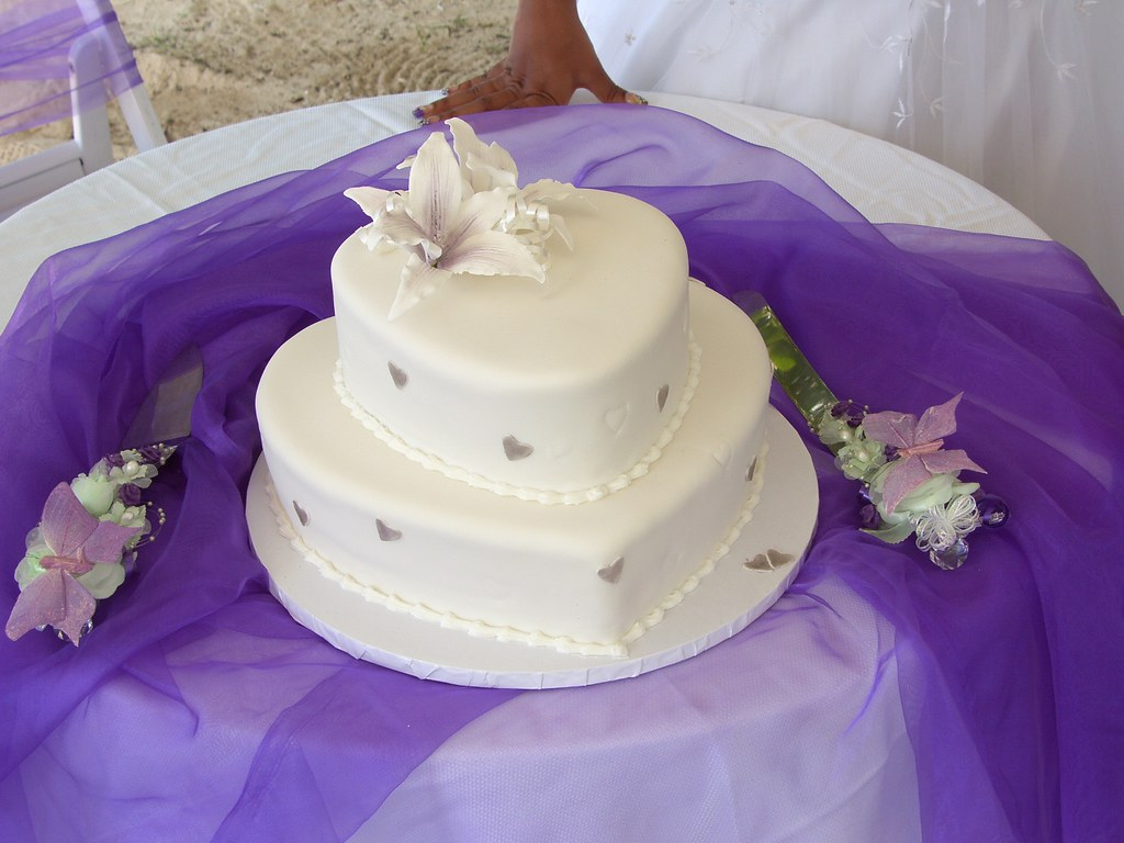 two tier shaped wedding cake in white and with - rimmas cakes perth ...