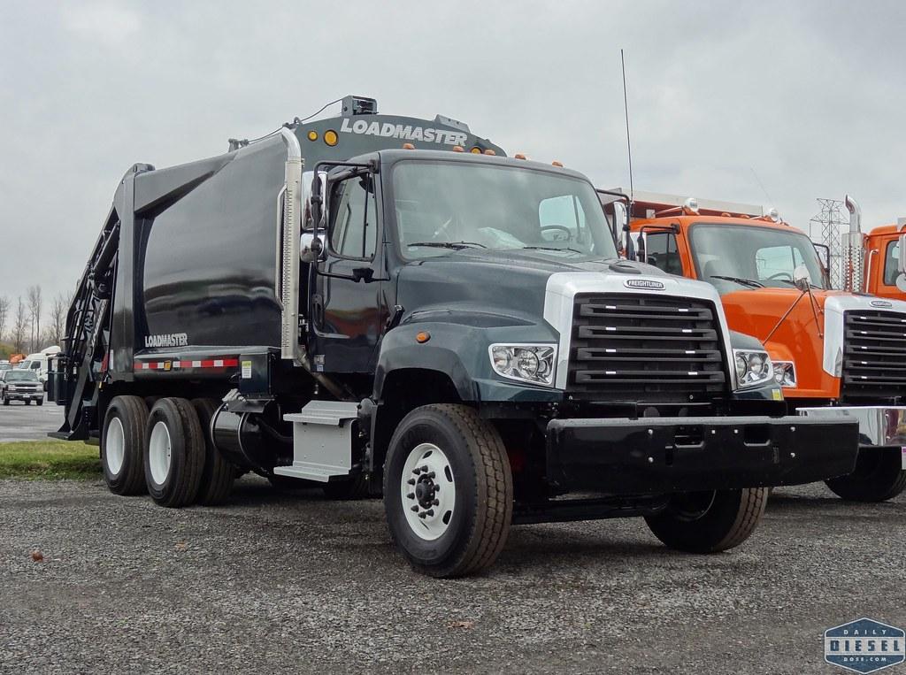 Freightliner 114SD Loadmaster Garbage Truck | www.dailydiese ...