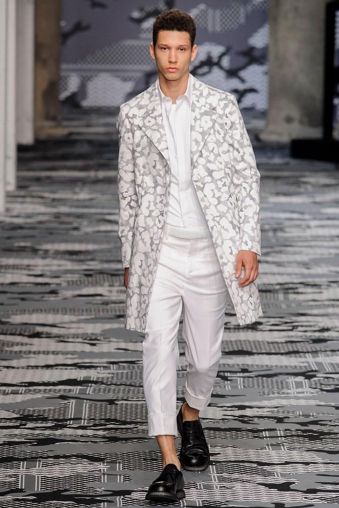 SS16 Milan Neil Barrett013_Abiah Hostvedt(fashionising.com)
