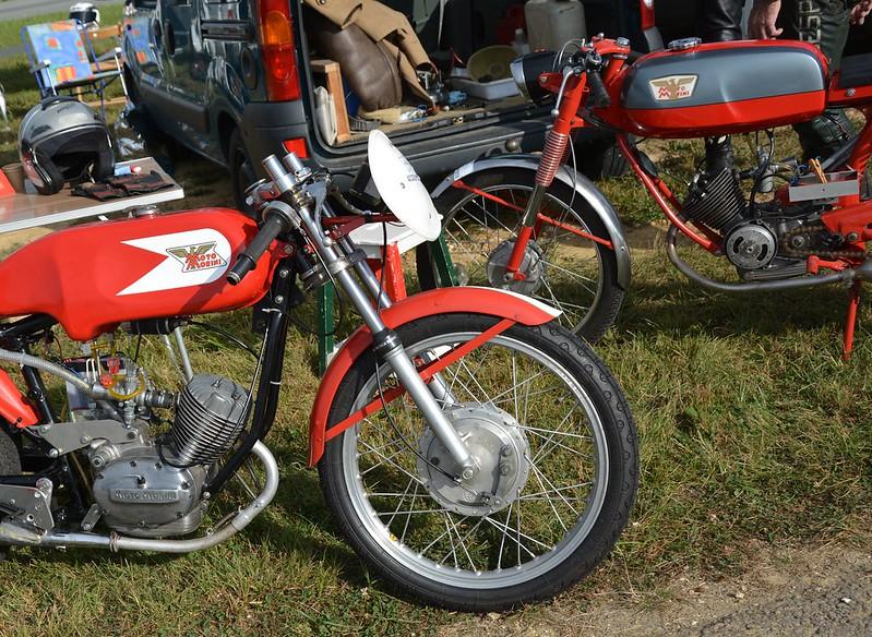 Deux Moto Morini Corsarino - Autodrome de Linas Montlhéry  15495542632_6c8c12a9bb_c