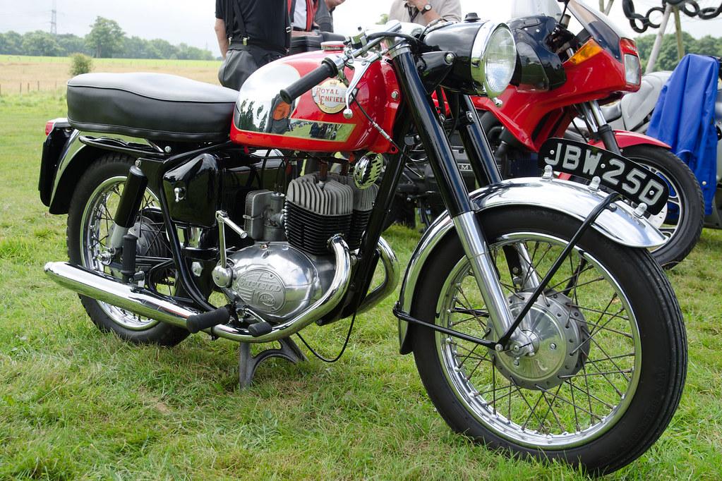 Royal Enfield 250cc Turbo Twin Sports (1966) | Bodelwyddan ...