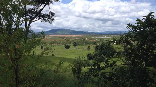 Plain of jars phonsavanh flickr photo sharing for Landscape rock upland ca