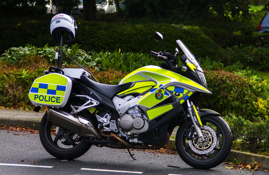 guernsey police honda crossrunner channel islands emergency photography flickr. Black Bedroom Furniture Sets. Home Design Ideas