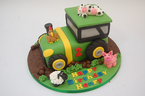 Tractor Cake with Farm Animals Beautiful Birthday Cakes