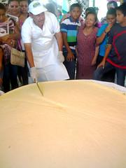 ULEAM El Carmen elaboró el queso más grande de Manabí