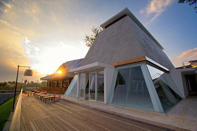 2.-maja-house-chapel
