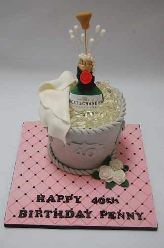 Wondrous Feminine Champagne Bottle Cake Beautiful Birthday Cakes Funny Birthday Cards Online Hetedamsfinfo