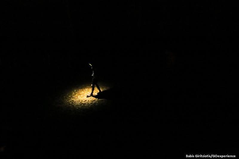 Από το Σκοτάδι στο Φως ... χαρακτηριστική η φιγούρα των αθλητών που παλεύουν με τους δαίμονές τους μέσα στην κρύα νύχτα της Ροδόπης...