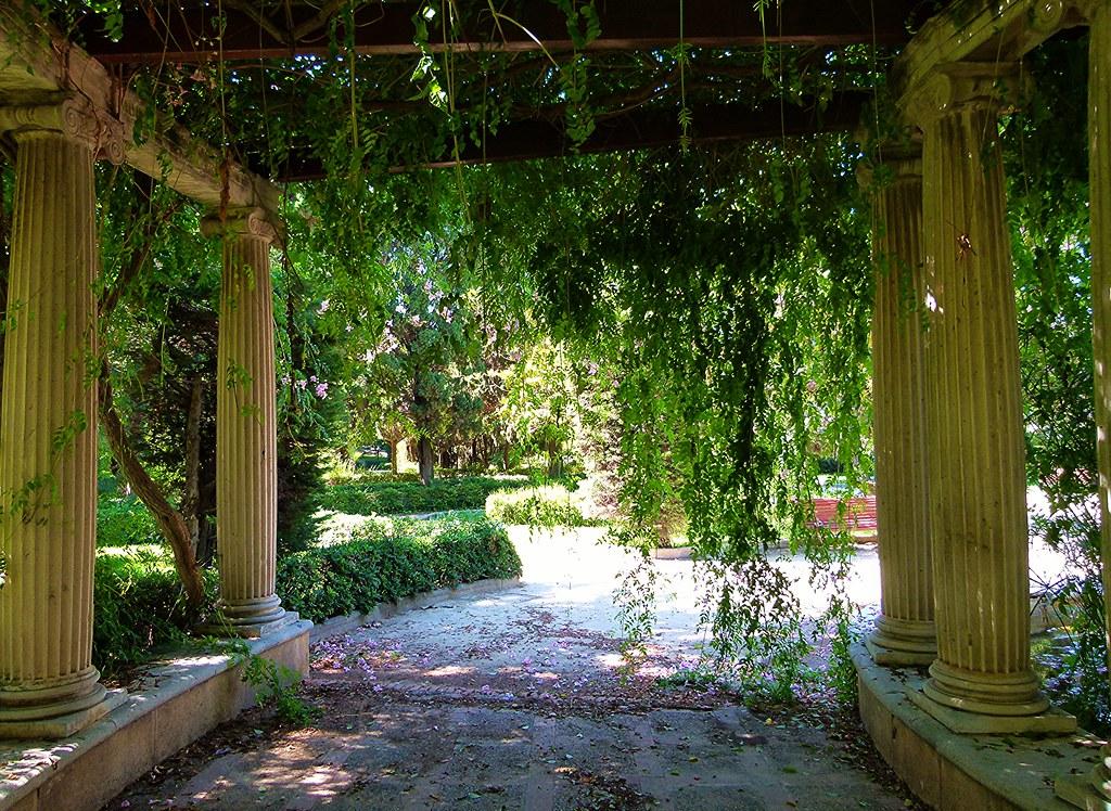 Jard n de viveros valencia jardines del real for Viveros en segovia
