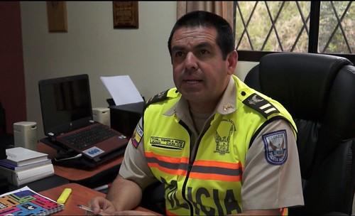 El teniente coronel juan carlos sghirla subjefe del for Ministerio del interior policia nacional del ecuador