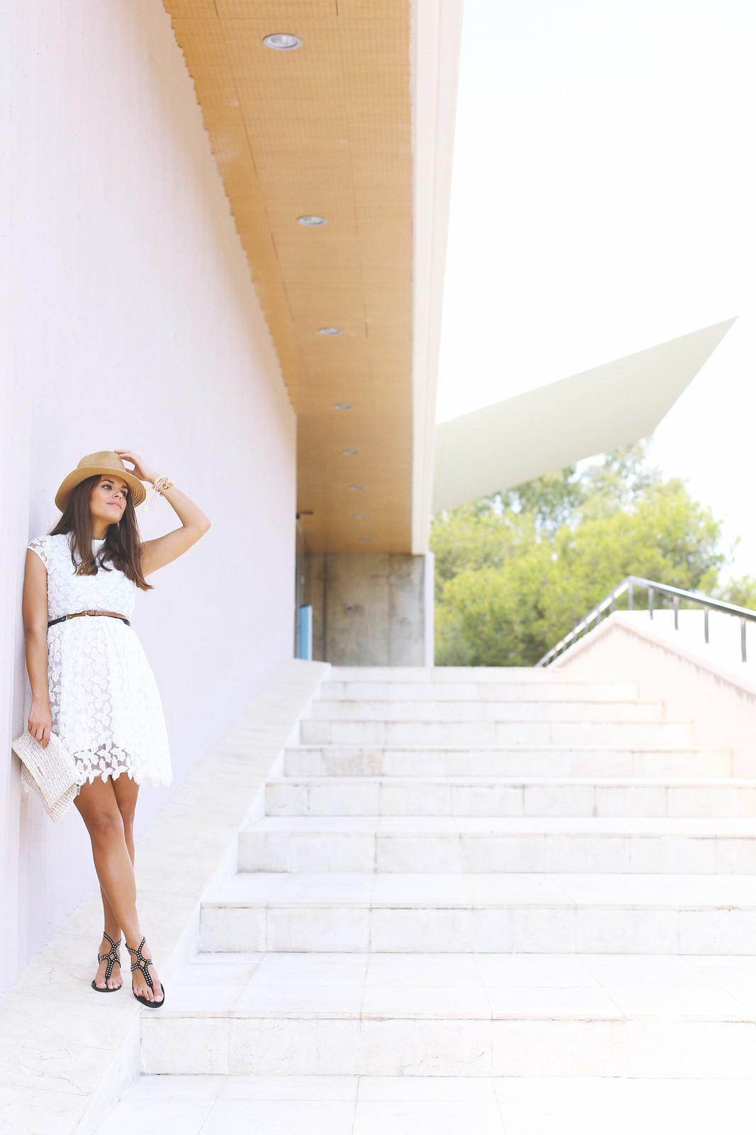 5. lace white short dress - jessie chanes - pregnancy