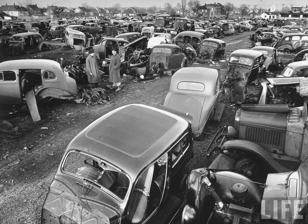 American Scrapyard For Old Jalopy S 1950s Probably