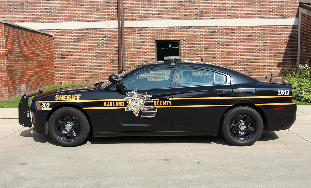Oakland County Sheriff | Dodge Charger of the Oakland ...