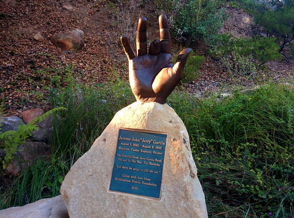 Jerry Statue In West Warwick Rhode Island