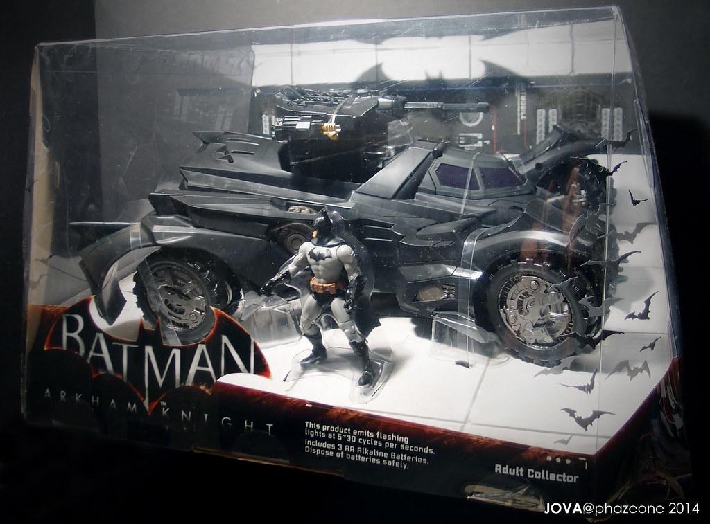 Arkham Knight Batmobile (Mattel)   SDCC 2014 Arkham Knight ...