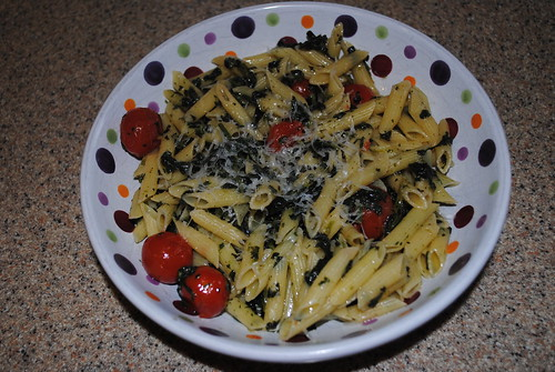 Spinach and Cherry Tomato Pasta