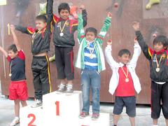 Manabitas ganan medallas  en competencia de escalada