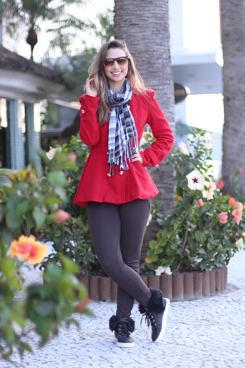 5-look do dia para o frio com casaco vermelho