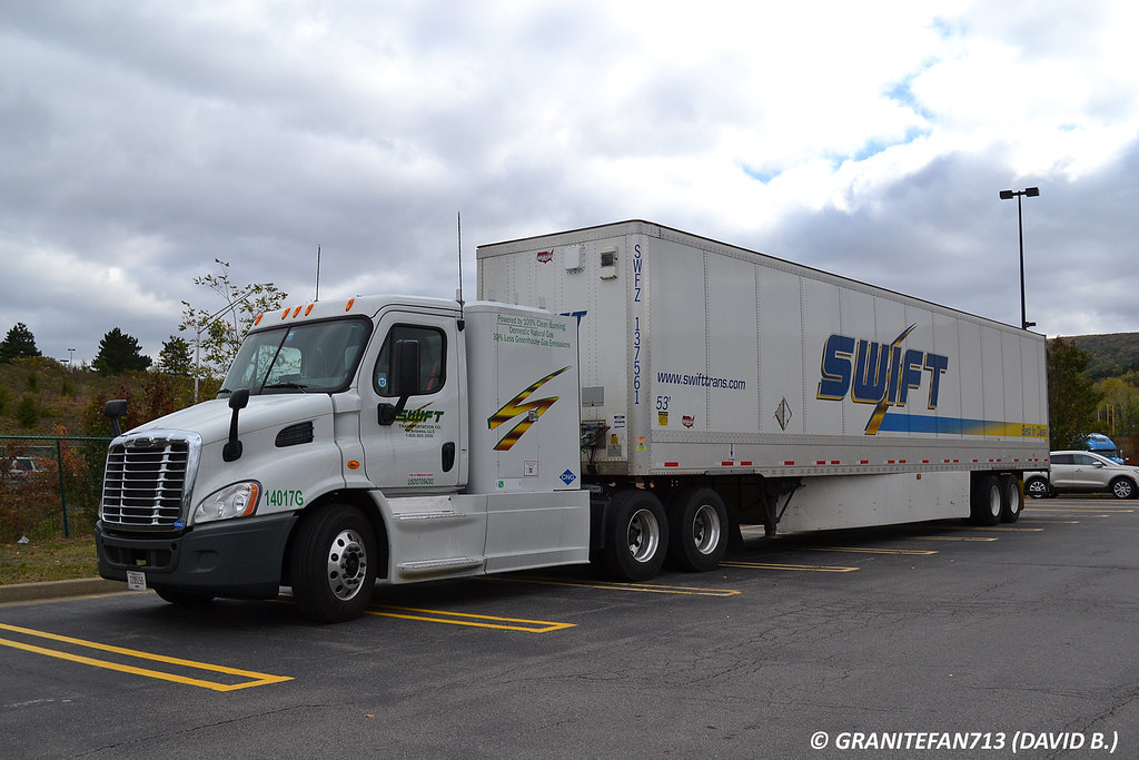 All Pro Trailers >> Swift Transportation Freightliner Cascadia (CNG) | Trucks, Buses, & Trains by granitefan713 | Flickr