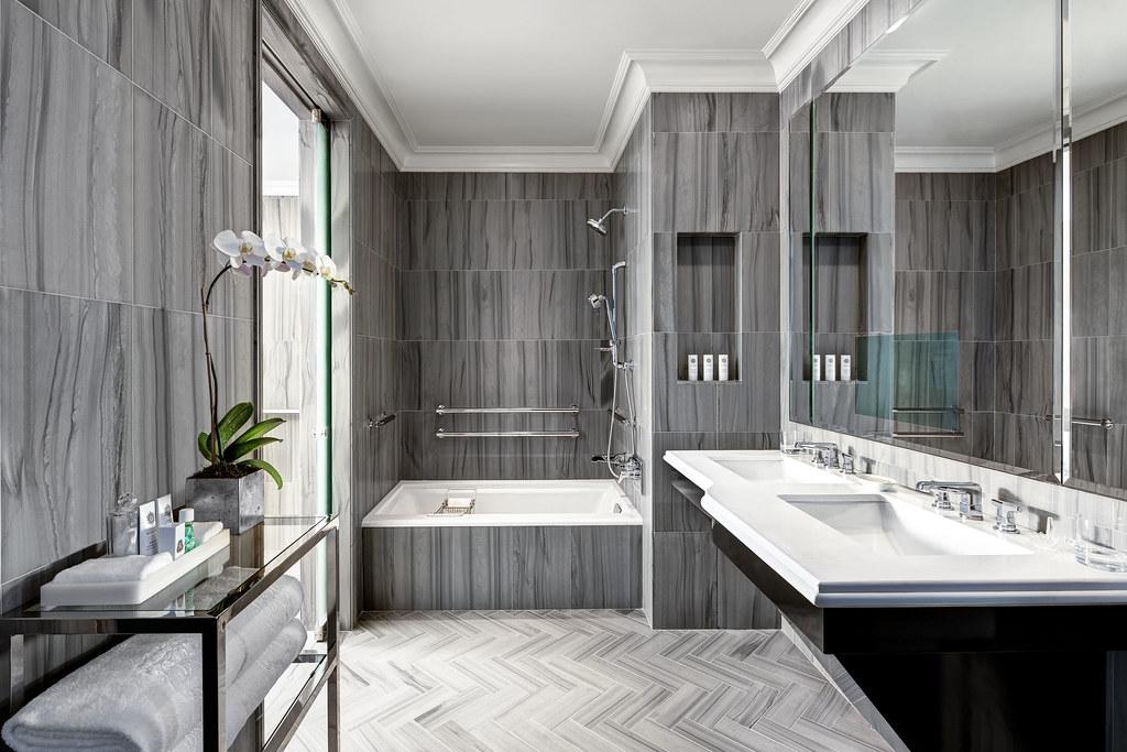 The St Regis New York Bentley Suite Bathroom Bentley Suit Flickr