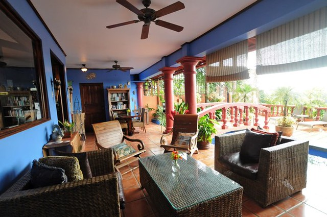 Soft Landings for your Costa Rica Journey- Where to Stay in San Jose Casa bella Rita