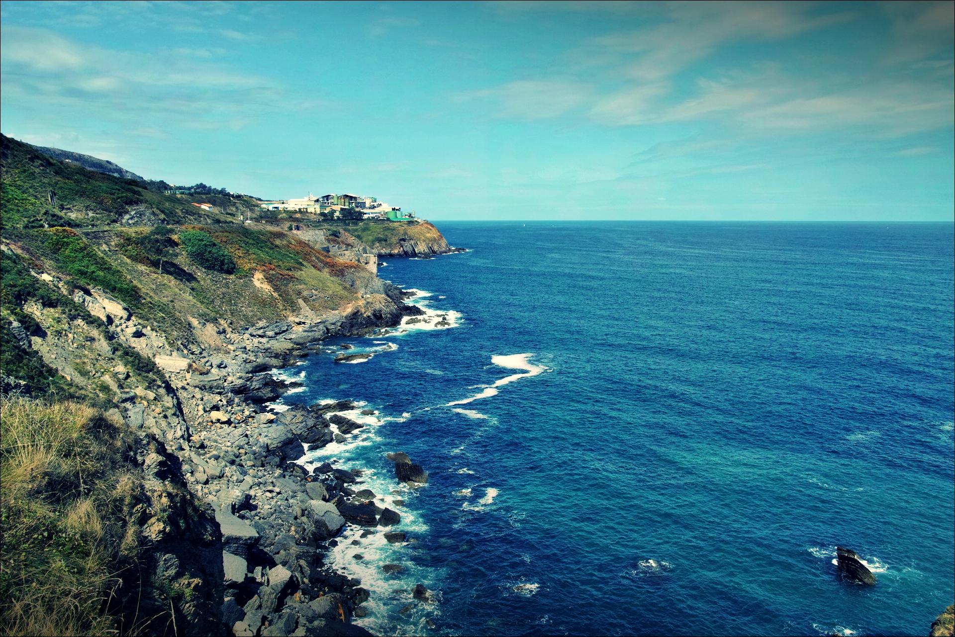 바다-'카미노 데 산티아고 북쪽길. 포르투갈레테에서 카스트로 우르디알레스. (Camino del Norte - Portugalete to Castro Urdiales) '