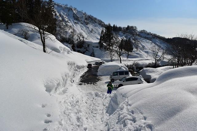 冬の守門岳 最終除雪地点駐車場