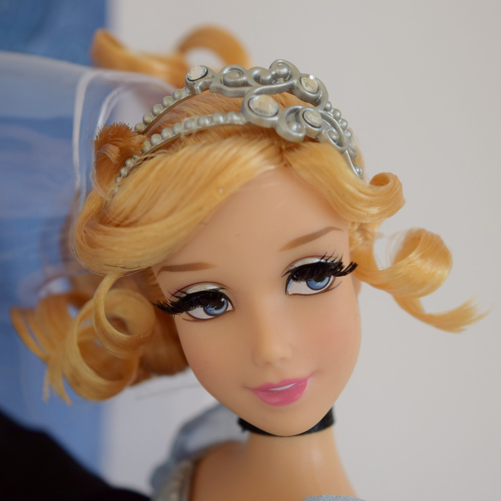 Cinderella Fairytale Fashion Pack Doll Accessories: Cinderella And Prince Charming Doll Set