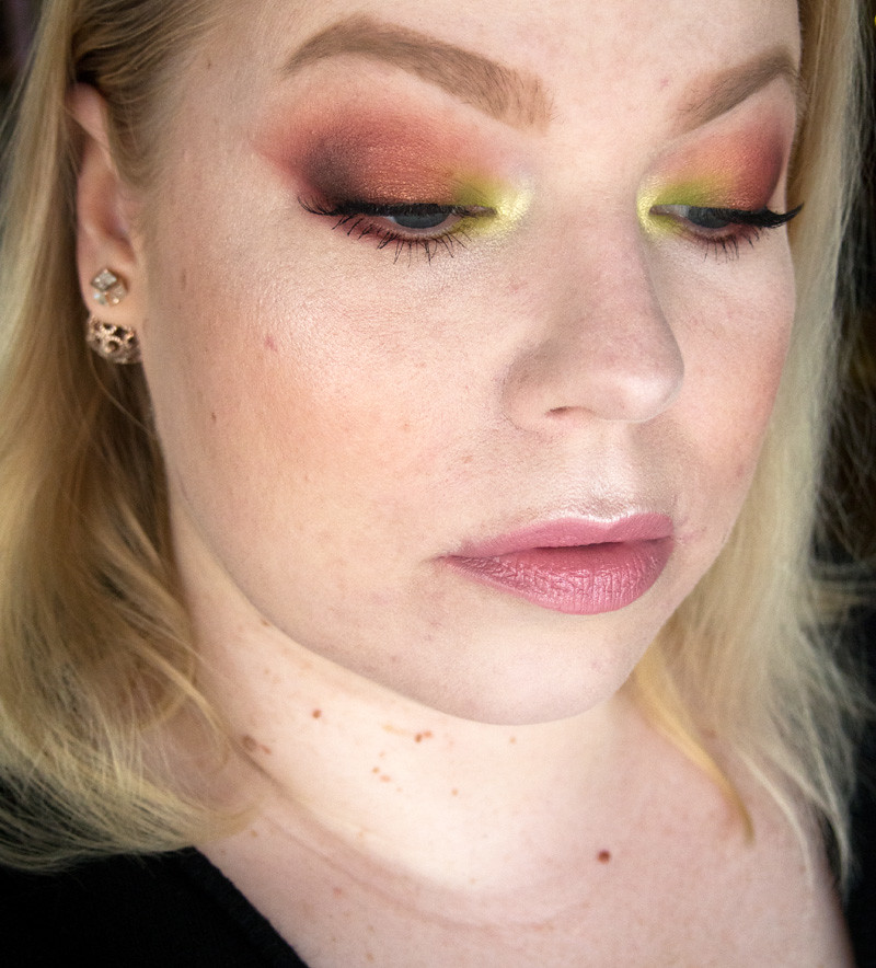 red_green_makeup_spring