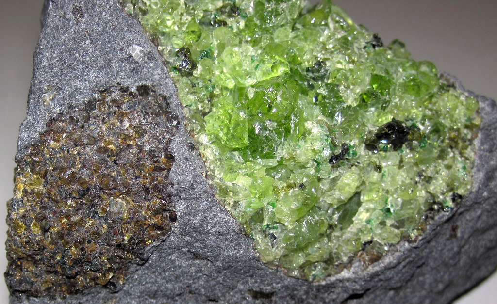 Peridotite mantle xenoliths in vesicular phonotephrite (Pe ...