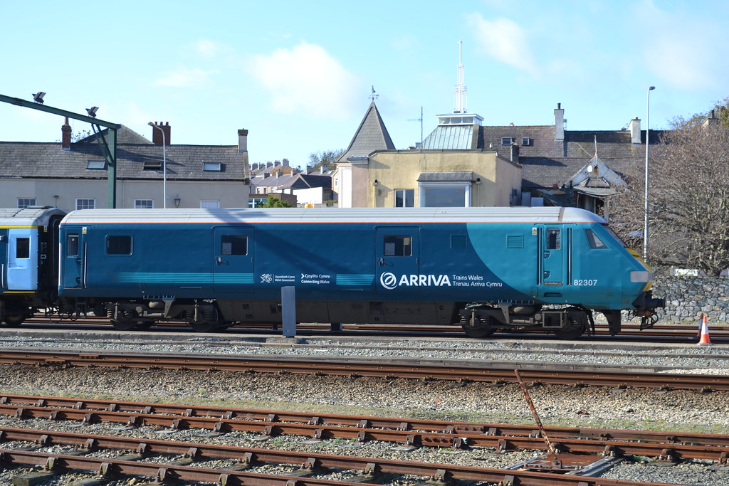 Arriva Trains Jobs >> Arriva Trains Wales WAG Set MK3 DVT 82307 | Seen at Holyhead… | Flickr