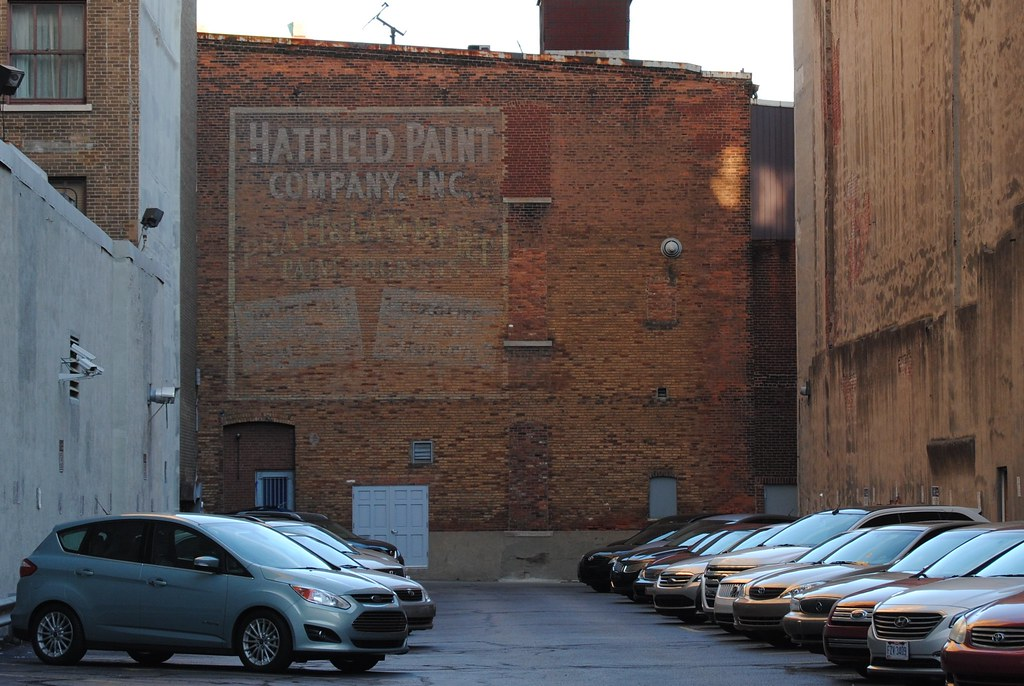 Hatfield paint co indianapolis in i wonder if they for Indianapolis painting company