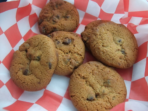 Vito's at the Links Chocolate Chip Cookies | by swampkitty