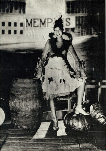 Josephine Baker in front of backdrop of steamboat named Memphis | by ⓑⓘⓡⓒⓗ from memphis