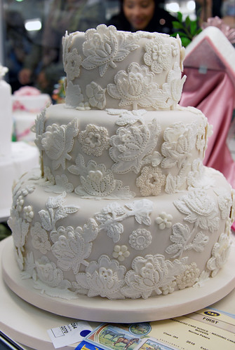 wedding cake cake decorating display at the Melbourne ...