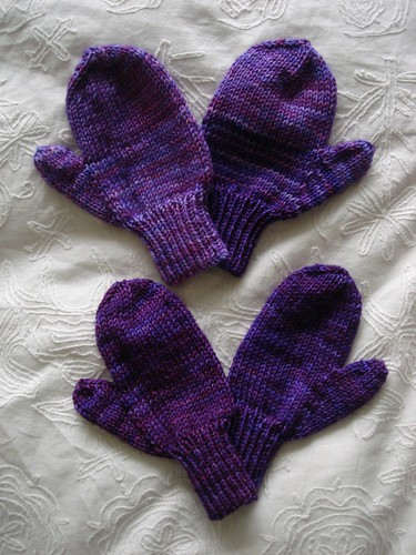 Simple mittens | by Little Purl of the Orient