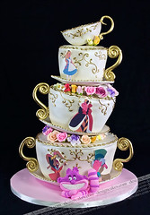 Alice wonderland | by Design Cakes
