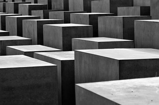 blocks [EXPLORED] | by Matthias Rhomberg
