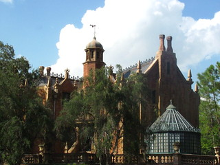 Haunted Mansion from the Liberty Belle Riverboat | by Castles, Capes & Clones