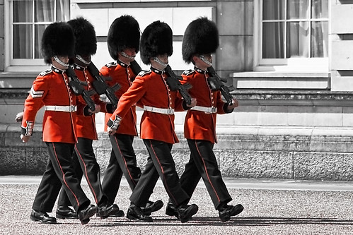 Changing the guard - Buckingham Palace | by Gabriel Villena