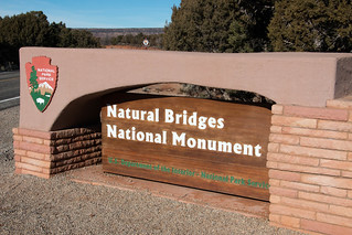 natur,bridg,entranc,sign