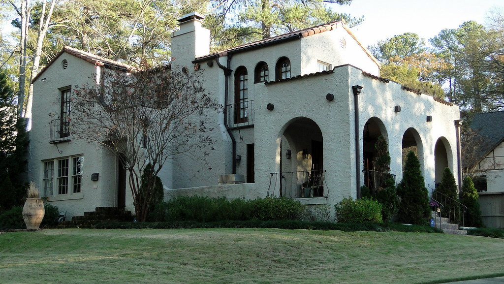 Spanish mission style home homewood alabama clyde for Mission homes