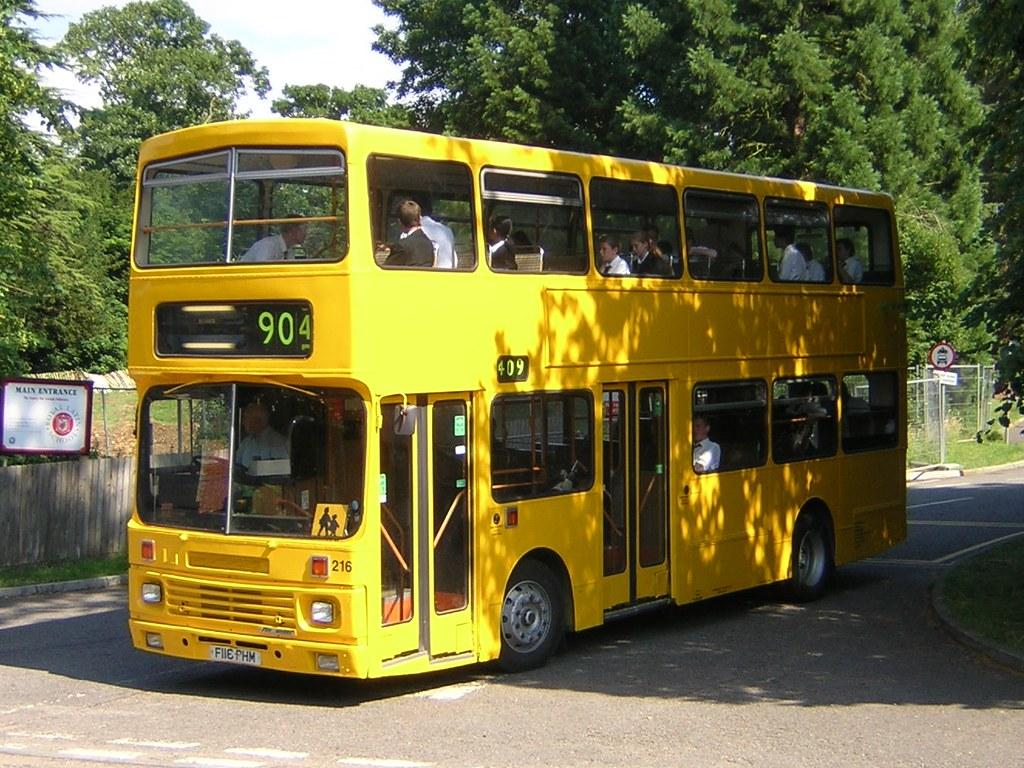 Jane Hall's Big Bad Bus Ride | 216 (F116 PHM) Volvo B10M ...