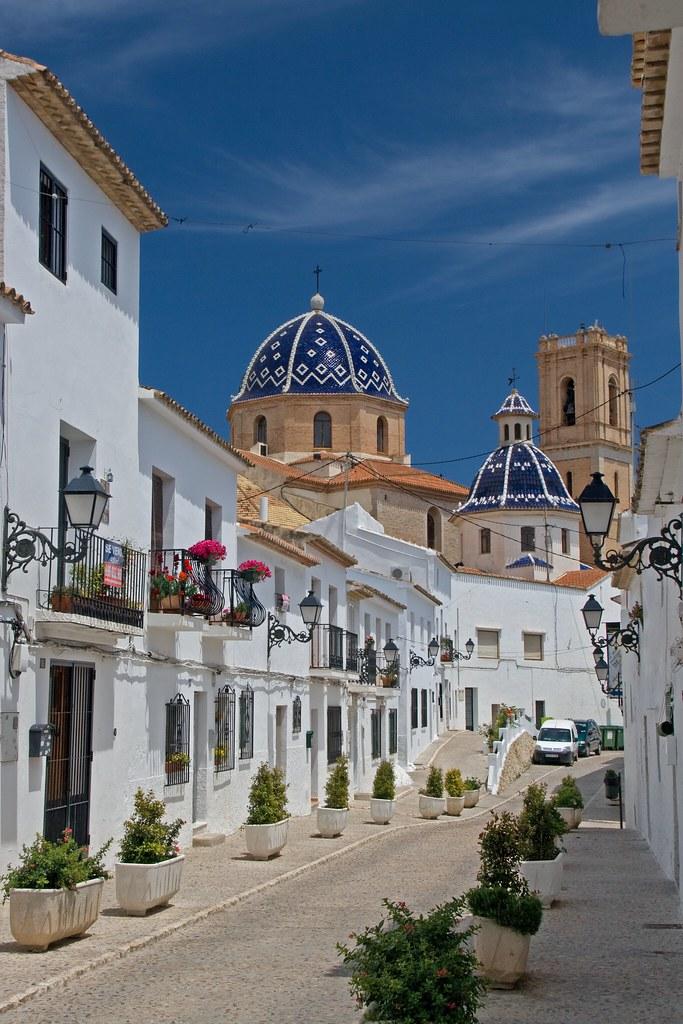 Church and street in altea altea spain espa a - Altea alicante fotos ...